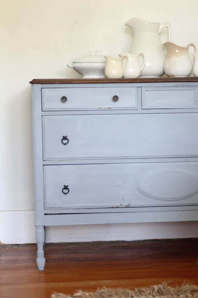 painted furniture adds farmhouse style