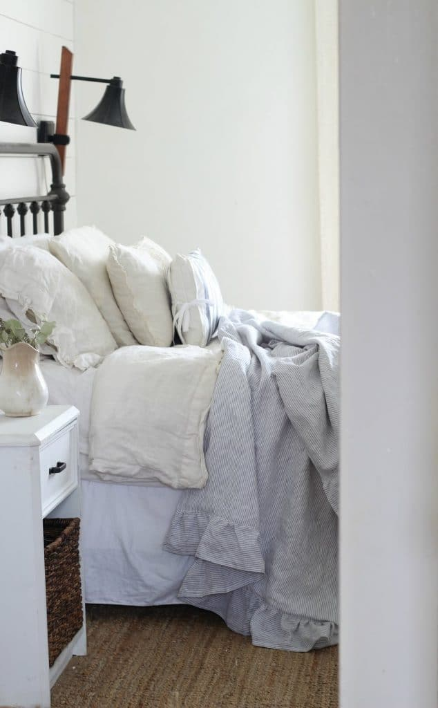 adding linen to farmhouse home adds charm
