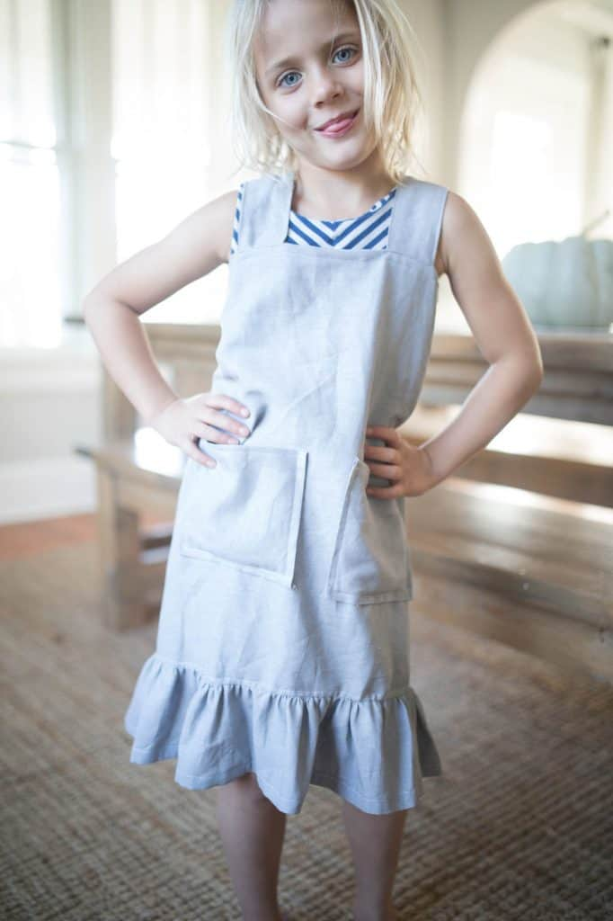 Simple DIY Pinafore Apron for Girls with Video Tutorial