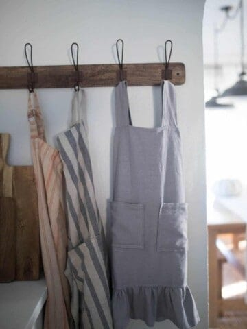 Farmhouse Style Vintage Pinafore Apron DIY Free Sewing Pattern