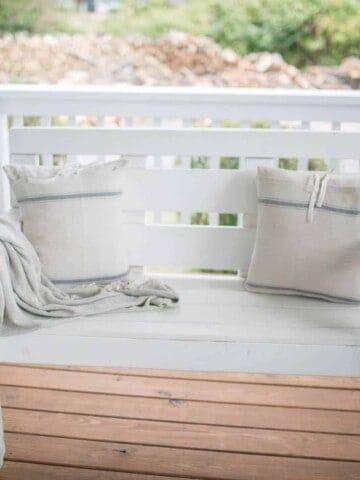 Farmhouse Throw Blankets from Amazon