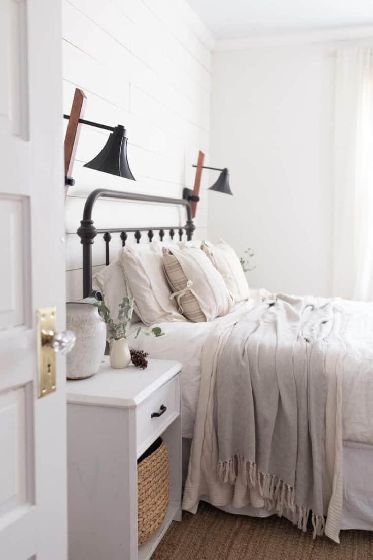 Winter Farmhouse Bedroom