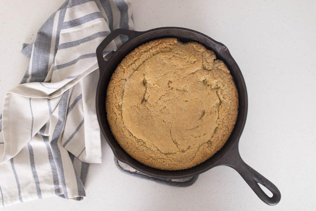 cast iron cornbread with einkorn and sweetened with honey