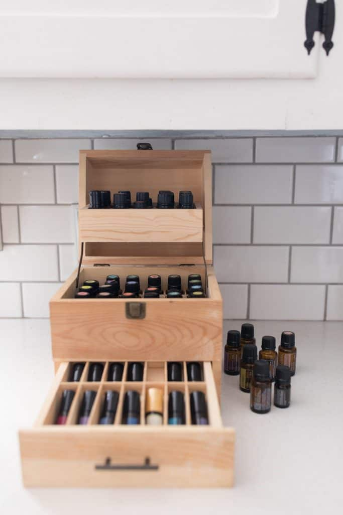 essential oils box