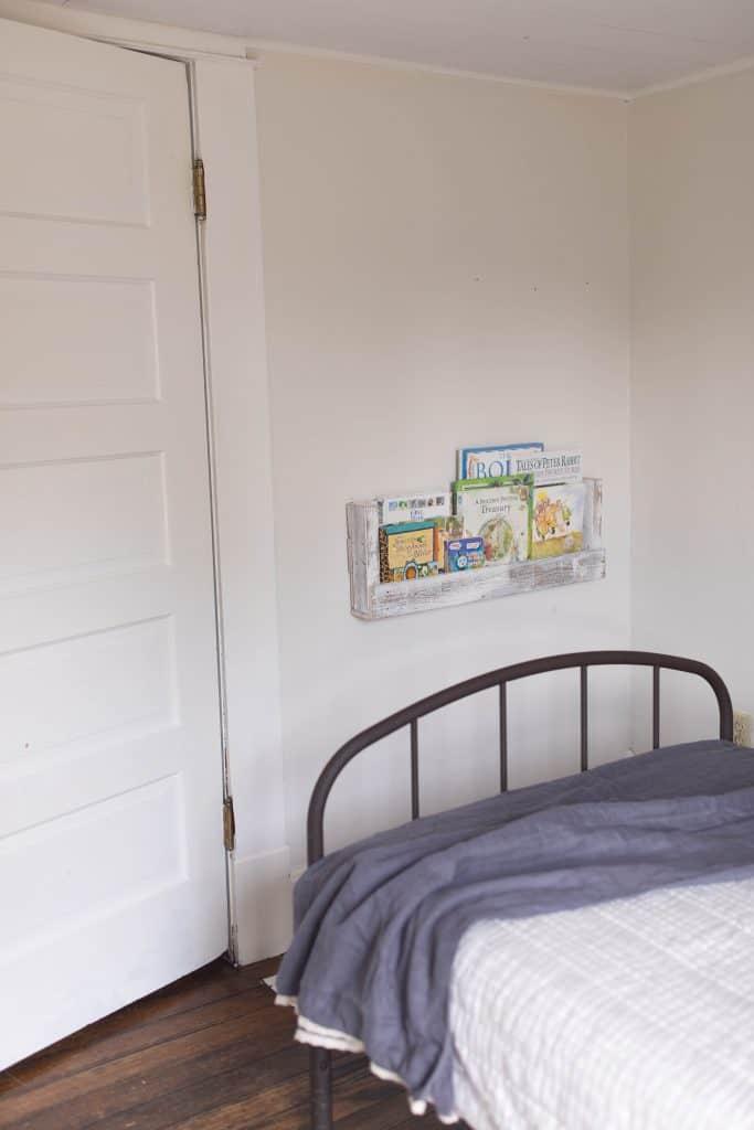 pallet bookshelves farmhouse style kids room makover