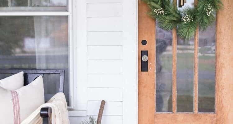 Create a Simple Farmhouse Christmas Front Porch