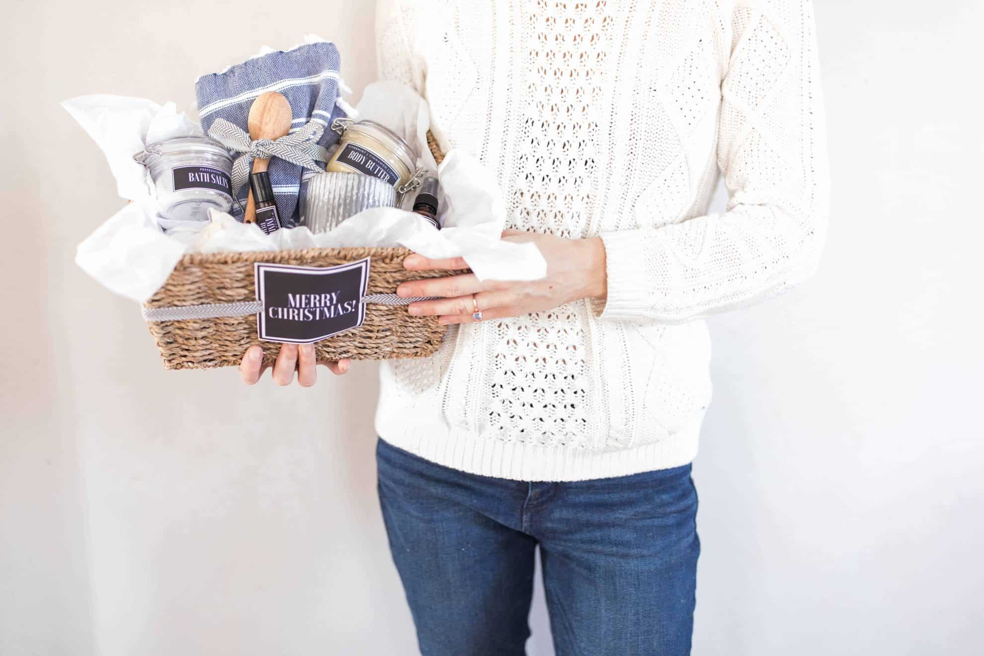 Handmade Christmas Gift Basket with Free Printable Labels ... Handmade Christmas Gifts 2018