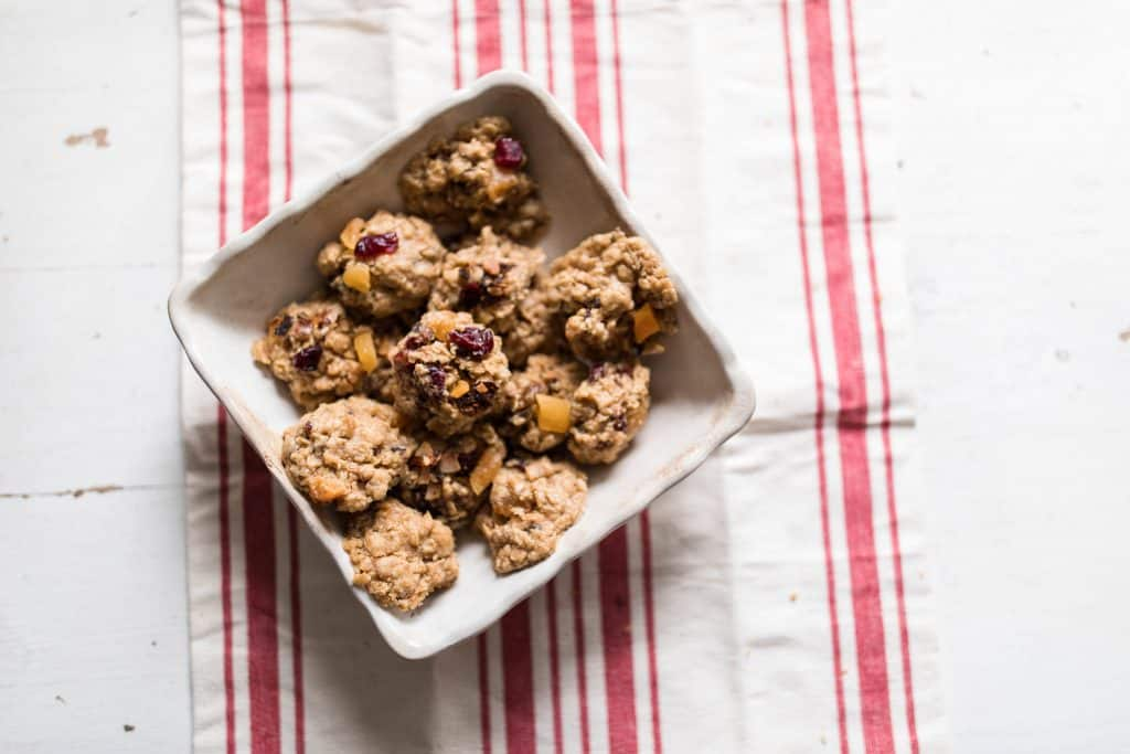 granola cookies cinnamon apricot cranberry coconut oatmeal cookies