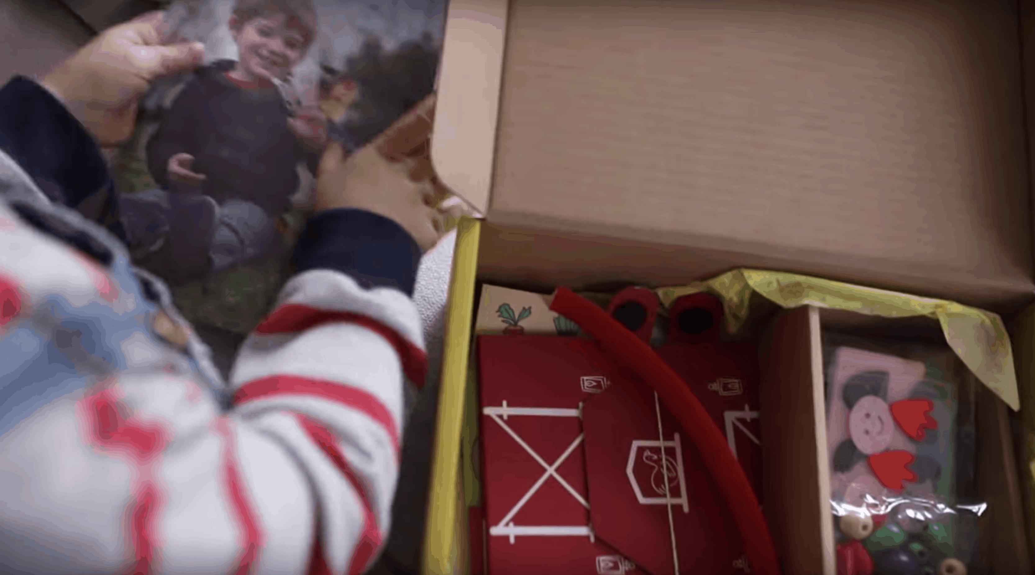 kiwi company kiwi crate box