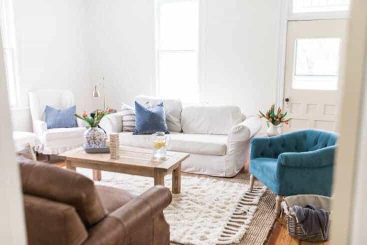 Spring Farmhouse Living Room Makeover