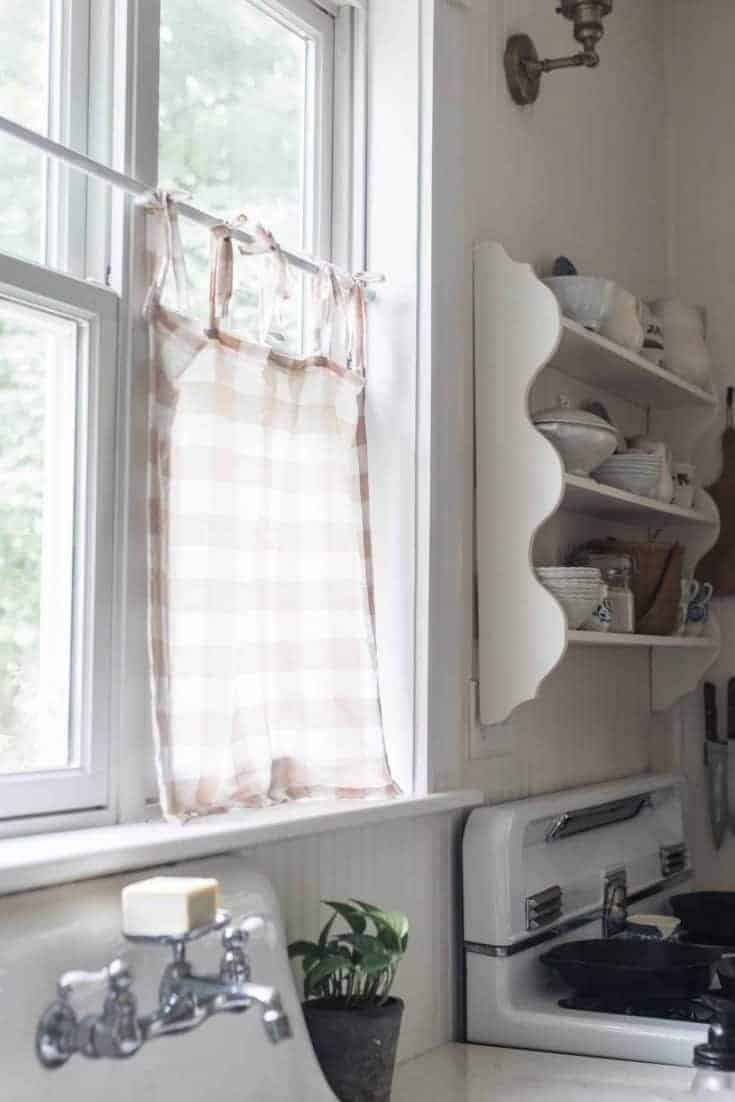 Sewing Farmhouse On Boone