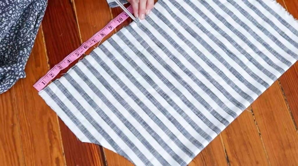 cutting out peasant blouse pattern