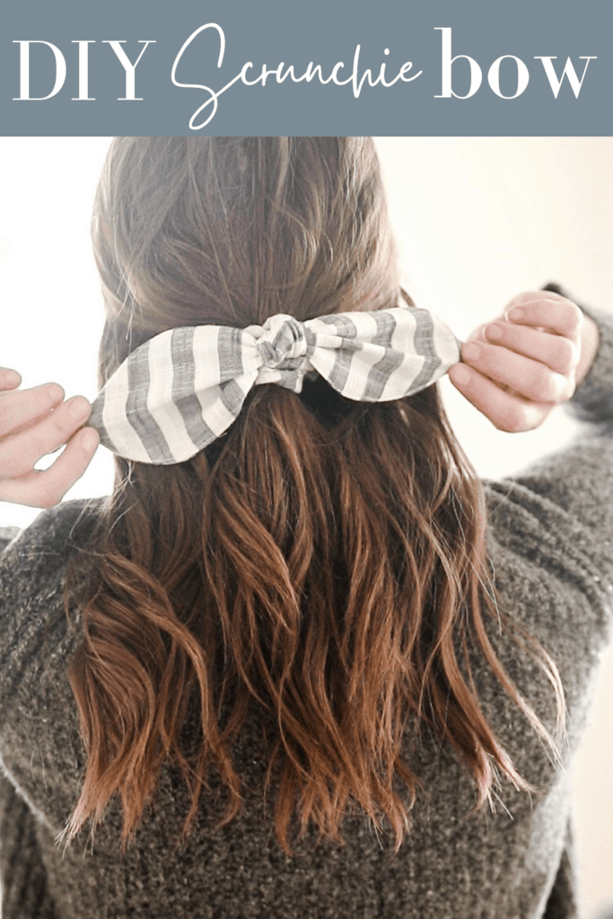 gray and white striped scrunchie bow